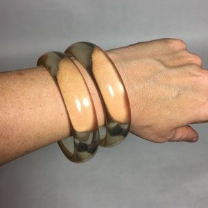 Jewelry - Set of clear acrylic bracelets